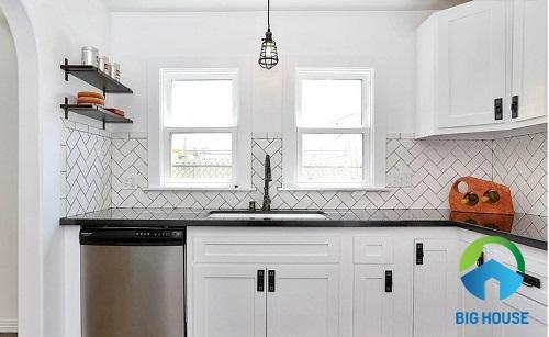 cách chọn gạch ốp bếp theo diện tích tốt