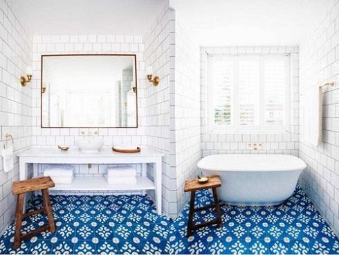 Gạch chống trơn cho nhà tắm phải có độ nhám cao