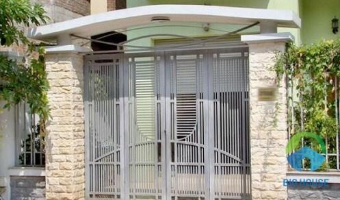 gạch ốp cổng nhà cấp 4 sang trọng