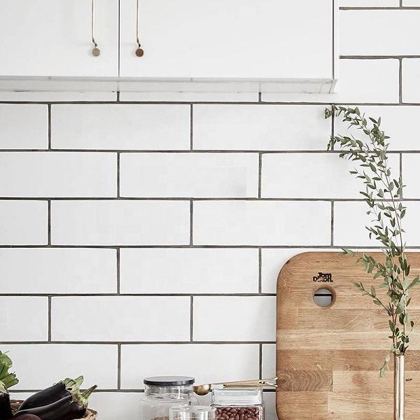 Ốp sole cho gạch thẻ trắng tạo sự khác biệt