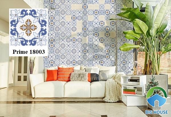 Bạn cũng có thể tham khảo mẫu gạch bông Prime 18003 đậm chất hoa văn cổ điển trang trí tường phòng khách.