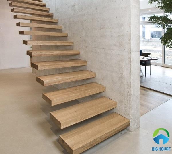 giá gạch lát cầu thang giả vân gỗ