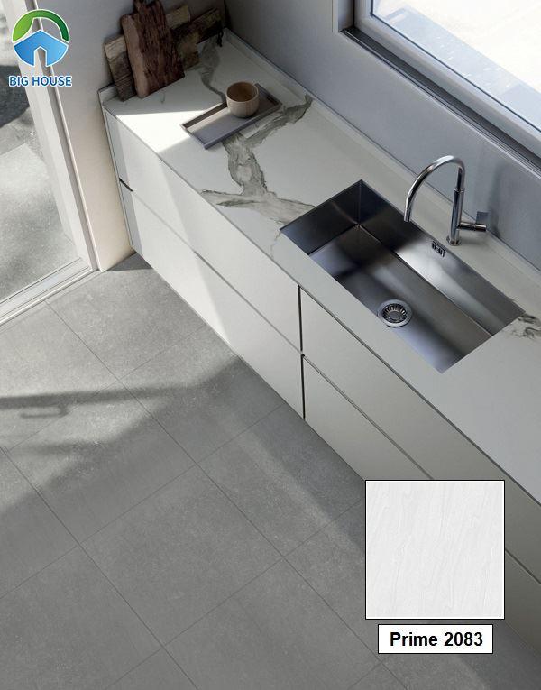 Hay Prime 2083 cũng là một trong những mẫu gạch rất được ưa chuộng hiện nay. Gạch sở hữu gam màu xám nhạt trung tính rất dễ ứng dụng.