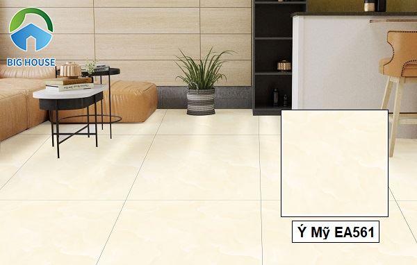 Ý Mỹ EA561 mang sắc màu kem nhạt nhã nhặn rất thích hợp lát nền phòng khách. Bề mặt gạch nhẵn mịn được nhiều gia chủ lựa chọn.