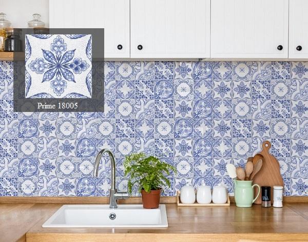 gạch màu xanh ốp tường bếp