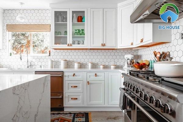 Tham khảo ngay các thông tin dưới đây để giải đáp nỗi băn khoăn: Tại sao nên sử dụng gạch ốp tường phòng bếp