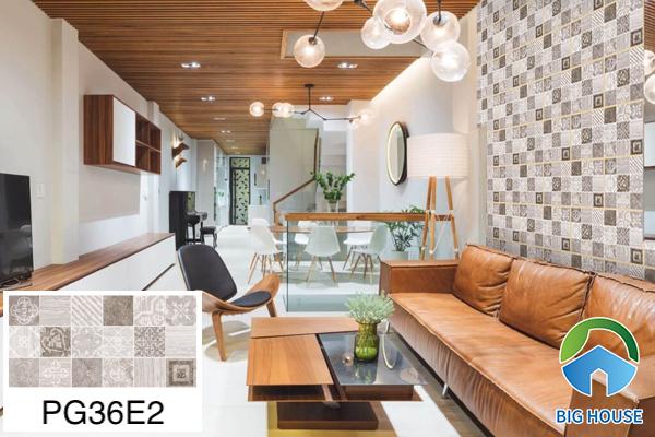 Gạch ốp tường phòng khách nhà ống Bạch Mã hoạ tiết PG36E2