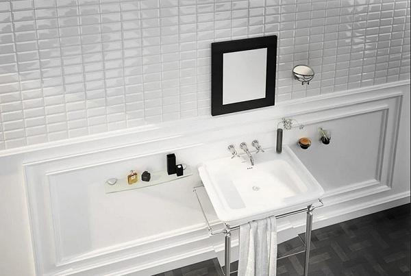 Màu trắng của gạch thẻ kết hợp cùng đồ nội thất màu trắng càng giúp không gian thêm sang trọng