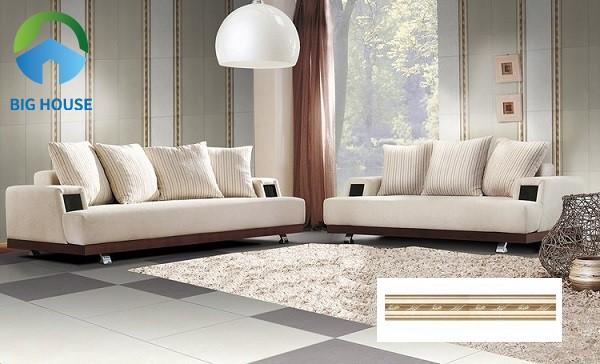 Trang trí phòng khách bằng gạch viền ốp tường Đồng Tâm V1060ROMA001 giúp mang đến vẻ đẹp thanh lịch và sang trọng