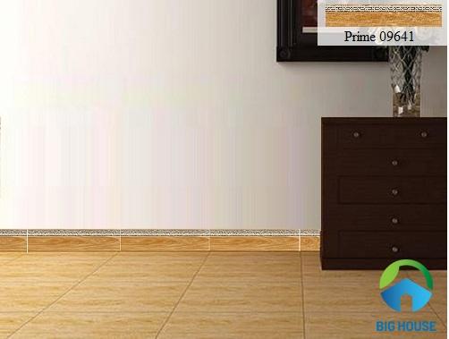 gạch viền ốp tường phòng khách giả gỗ